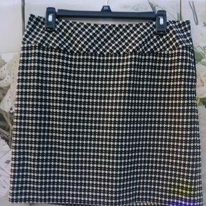 Loft Skirt Sz. 10P NWOT